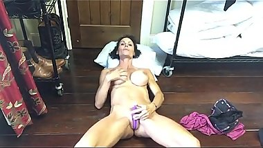 Amateur Fit Milf - watch FULL HD video on adulx.club