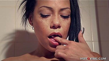 Squirt, Latin, MILF, shower