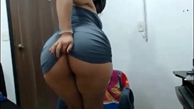 Slutty Latina Babe Free Cams Live on 69Sexcams.net